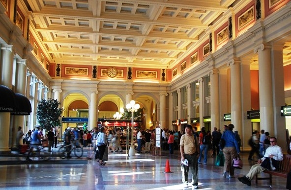 Waterfront Station - The entry hall
