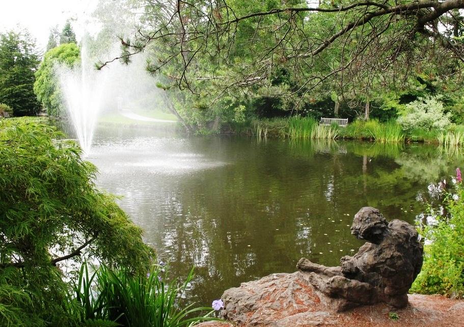 VanDusen Botanical Garden Unique landscape VanDusen