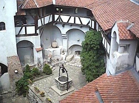 Bran Castle - Court view