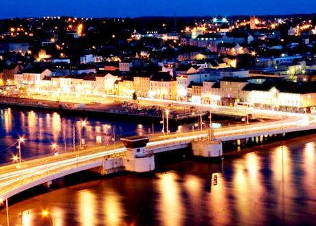 Waterford - Charming night view