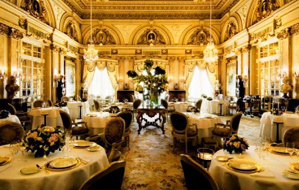 The Hotel De Paris   Elegant Dining Room