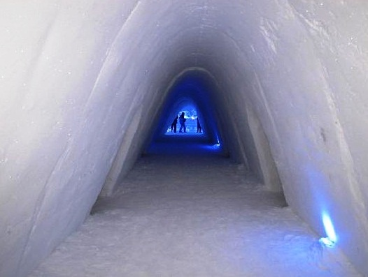 Snow Hotel - Amazing design