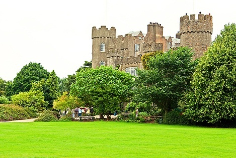 Malahide Castle - Relaxing area