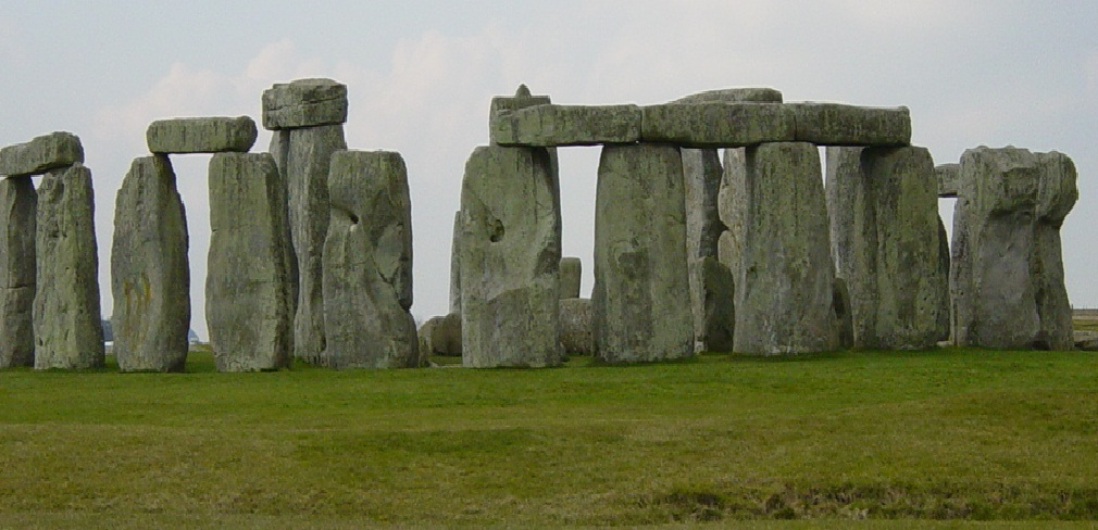 Stonehenge-lonely place in history - Old place