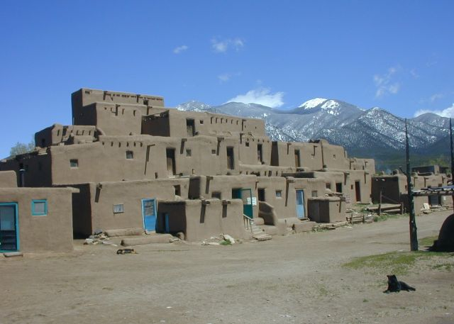 Taos, New Mexico-the Land of Enchantment - Adobe multistory complex