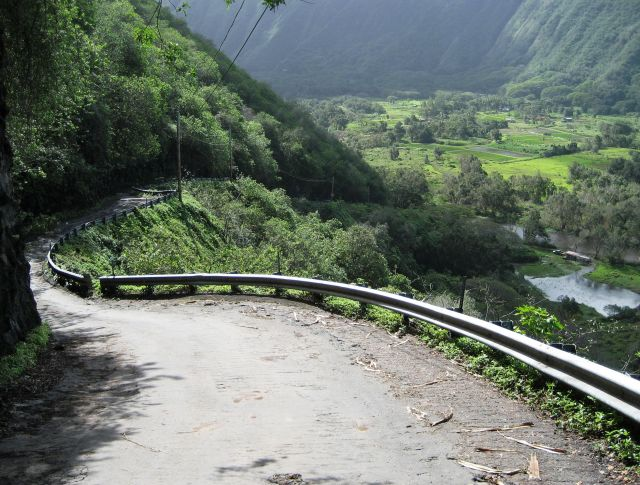 Waipio Valley Road - Exclusive road
