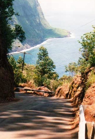 Waipio Valley Road - Fantastic view