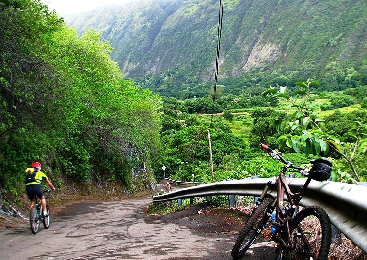 Waipio Valley Road - Wonderful valley