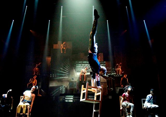 Heavenly show from China  – the most amazing circus - Mysterious number