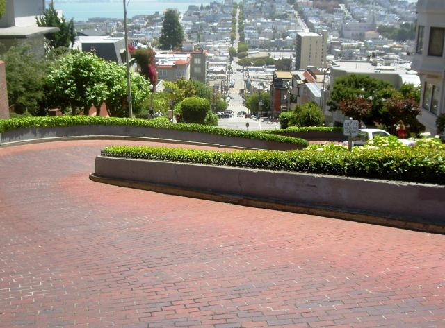 The Lombard Street  - Famous twists