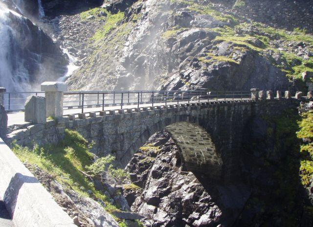 The Trollstigen Road - An amazing bridge