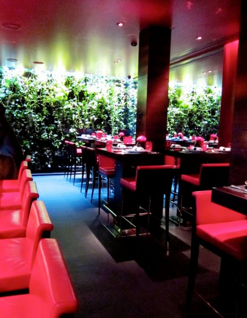 Images l atelier de joel robuchon restaurant red interior