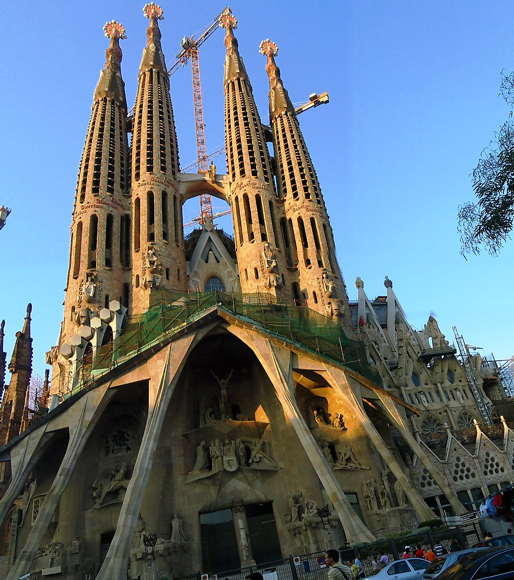 Sagrada Familia The Most Unusual Churches In The World