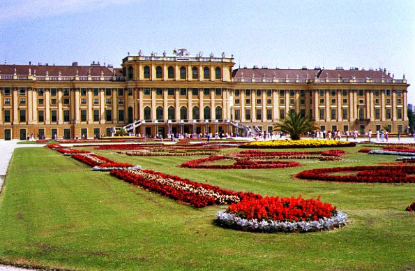 The Schonbrunn Palace - Schonbrunn Palace view