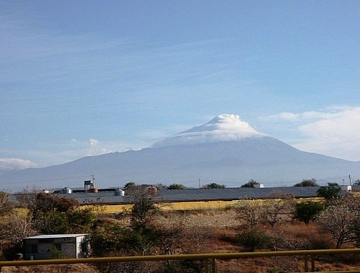 Popocatepetl Peak - Picturesque landscape