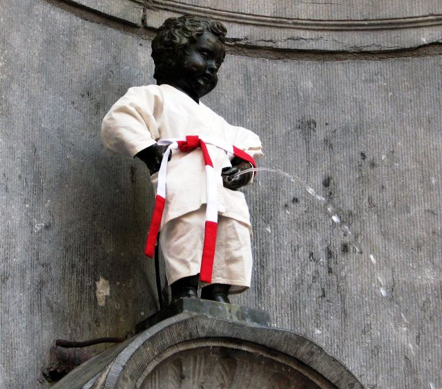 The Manneken Pis - Dressed statue