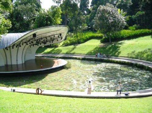 Singapore Botanical Gardens - Symphony Lake