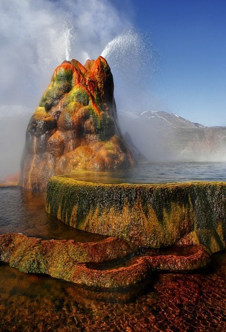 The Fly Geyser, Nevada, U.S.A. - Miraculous creation