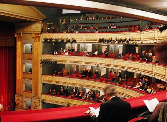Teatro Real In Madrid - Impressive beauty