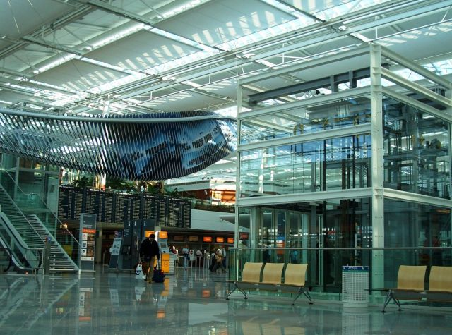 munich airport the best airports in the world. Black Bedroom Furniture Sets. Home Design Ideas