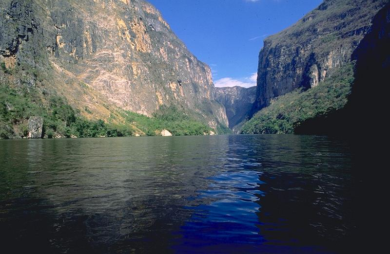 Sumidero Canyon in Mexic - Excellent scenery