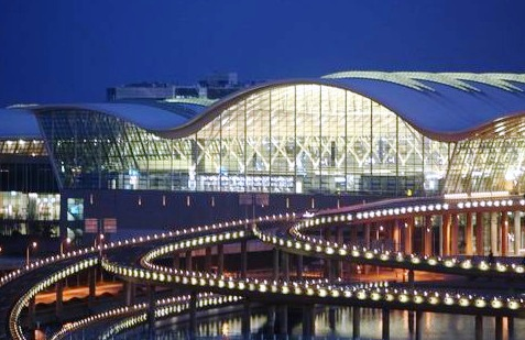 Shanghai Pudong International Airport - Night view