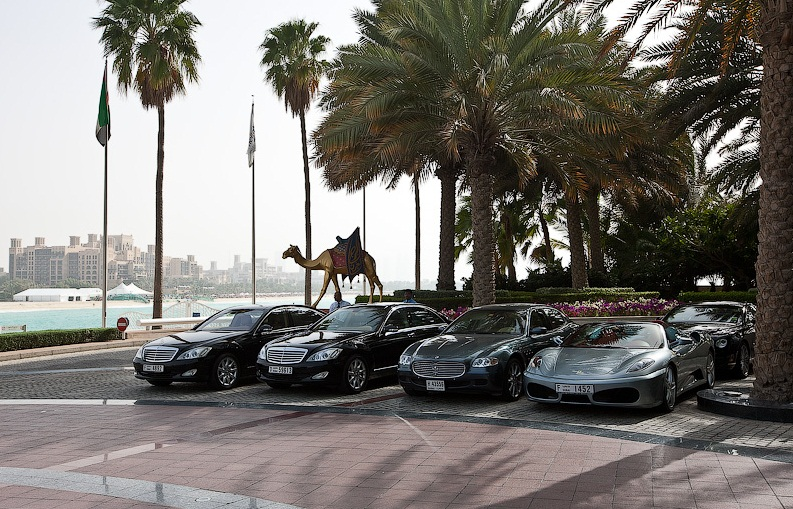 the burj- al-arab hotel, dubai - the most futuristic luxury hotels