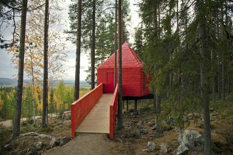 Tree hotel, Sweden -  The Red Cone Room