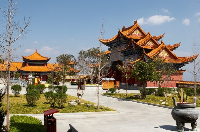 The Three Pagodas, Dali - Amazing architecture