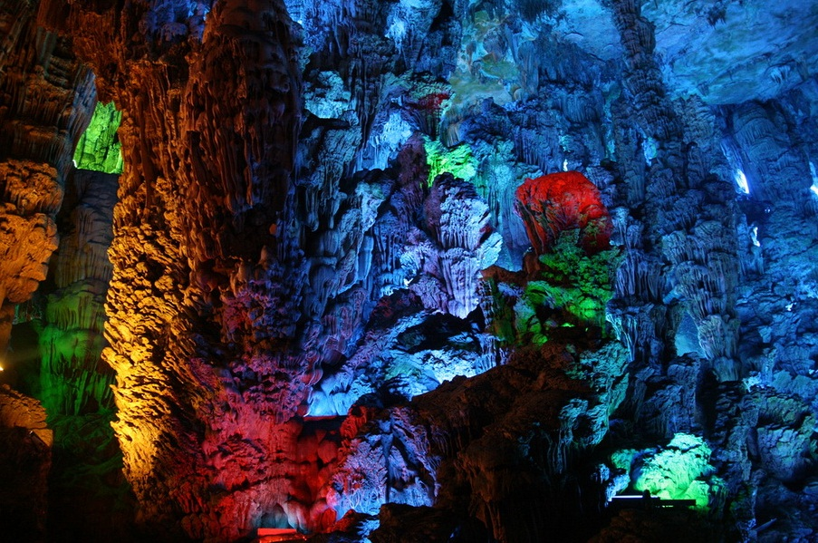 Reed Flute Cave, China - Fantastic cave