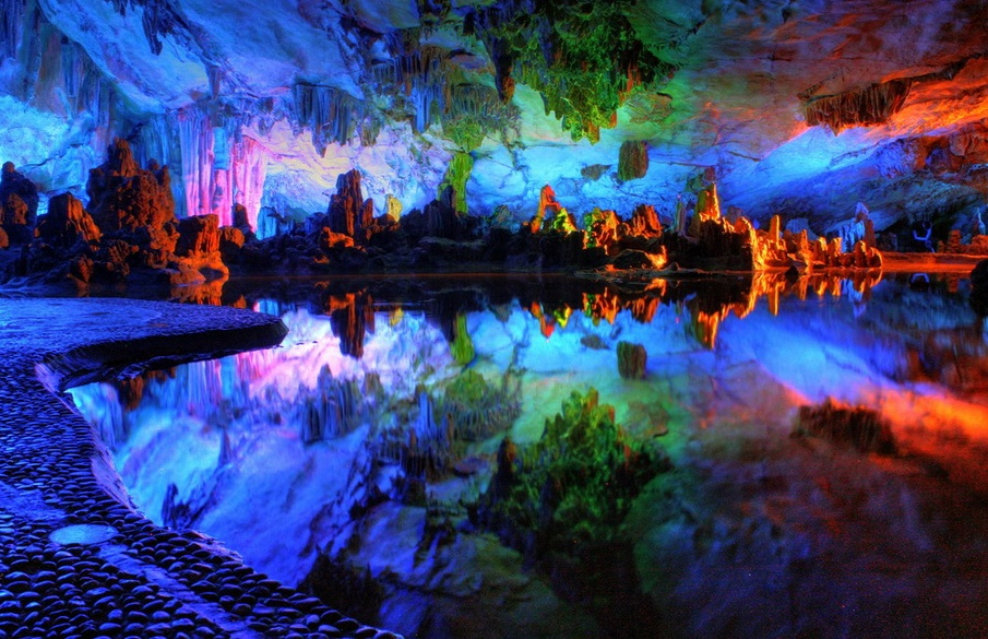Reed Flute Cave, China - Magical chaos of forms and colors