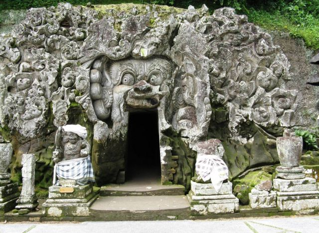 Ubud - The Elephant Cave