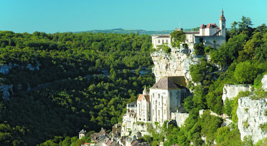 Dordogne Valley - Verdant setting