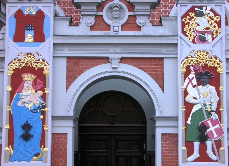 The House of Blackheads - The Best Places to Visit in Riga