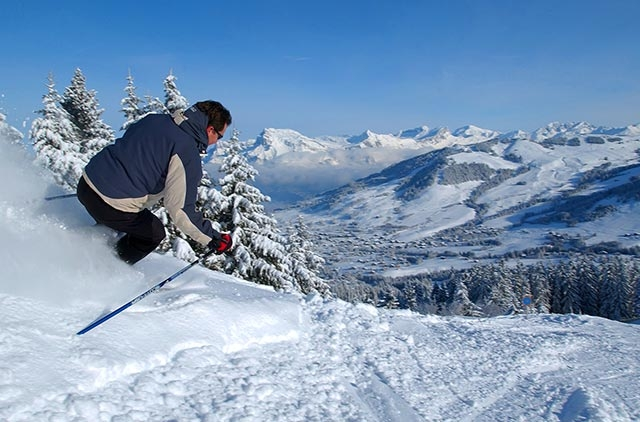 Pyrenees Mountains - Skiing in the Pyrenees Mountains
