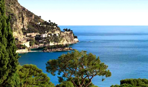 French Riviera - Great natural scenery