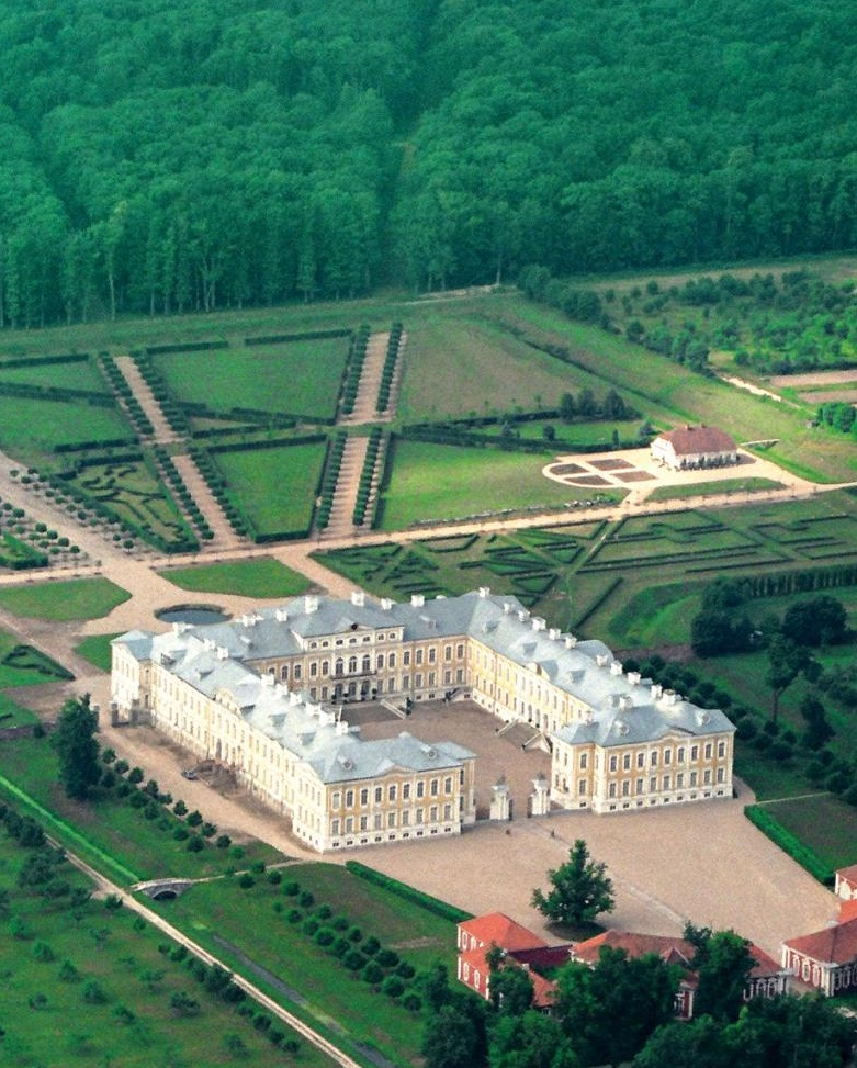 The Rundale Palace - Famous place for visitors