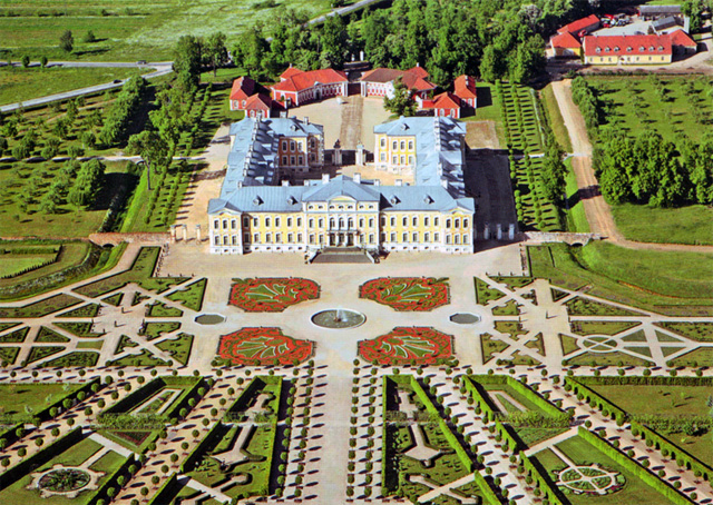 The Rundale Palace - The French Garden