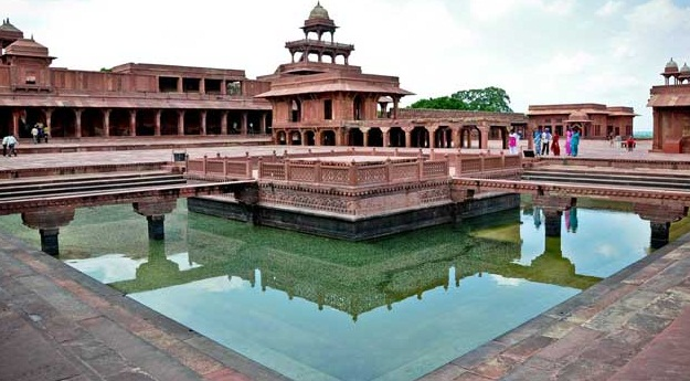 Agra - An Architectural Marvel of India - Fatehpur Sikri