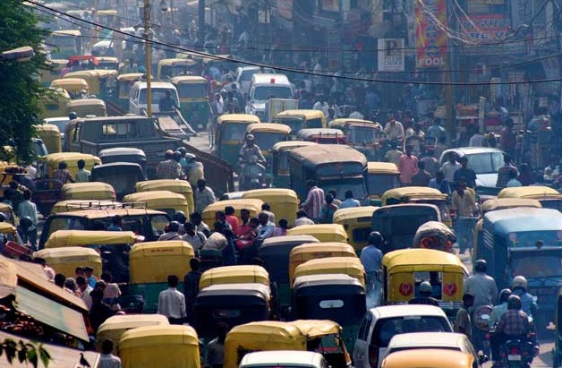 Delhi - The Beauty of the Chaos - Crowded city