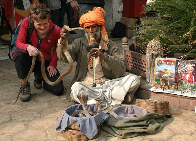 Delhi - The Beauty of the Chaos - The City of snake charmers