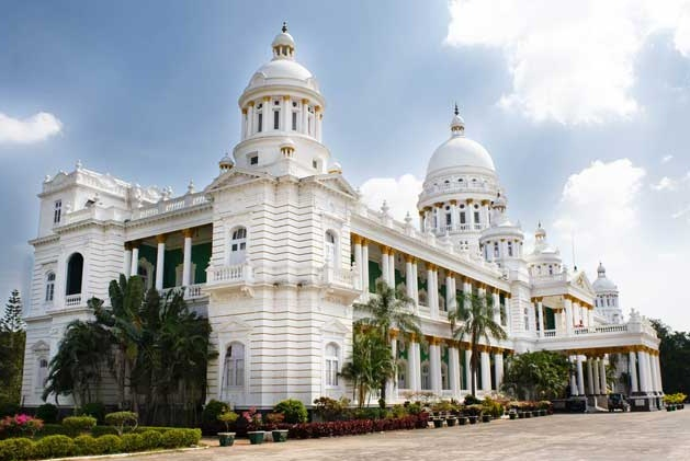 city of palaces mysore Mysore – city of palaces & heritage the royal city of mysore, home of the erstwhile maharajahs, is just 25 hours drive from bangalore mysore is yet to, and perhaps will never, get over its past.