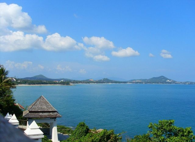 Samui – Fabulous Island - Clear sky and blue sea