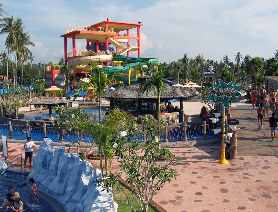 Splash Jungle Waterpark - Family attraction
