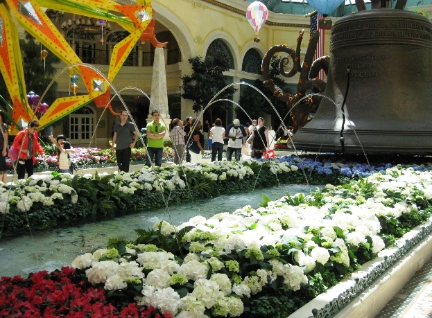 Bellagio Conservatory and Botanical Garden - Must-see destination