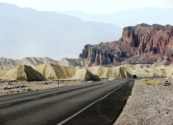 Death Valley National Park - Inconceivable shades