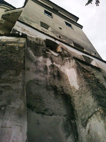 The Bran Castle - Overwhelming area