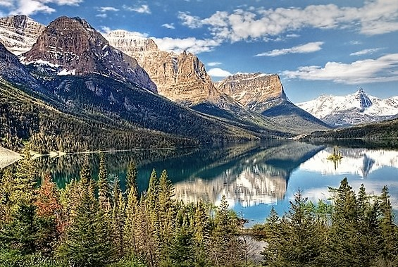 Glacier National Park, U.S.A - Wonderfully maintained park