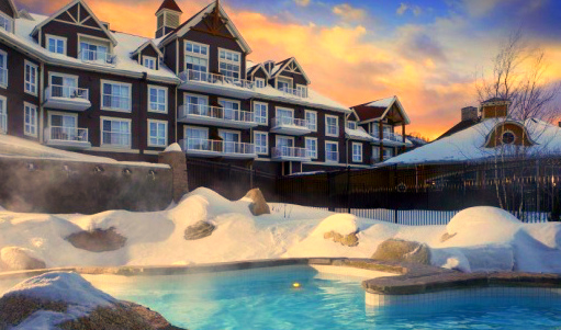 The Westin Trillium House, Blue Mountain resort - Beautiful swimming pool set amidst the mountains
