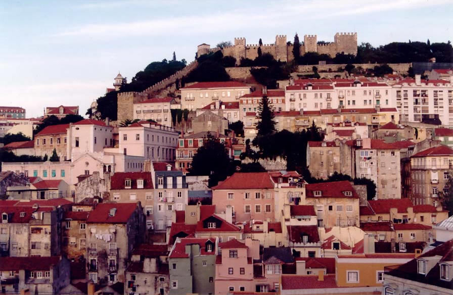 Castelo de Sao Jorge - Lisbone view with the castle on the background
